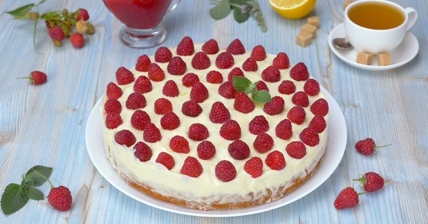 Муссовий торт з малиною подивитися рецепт