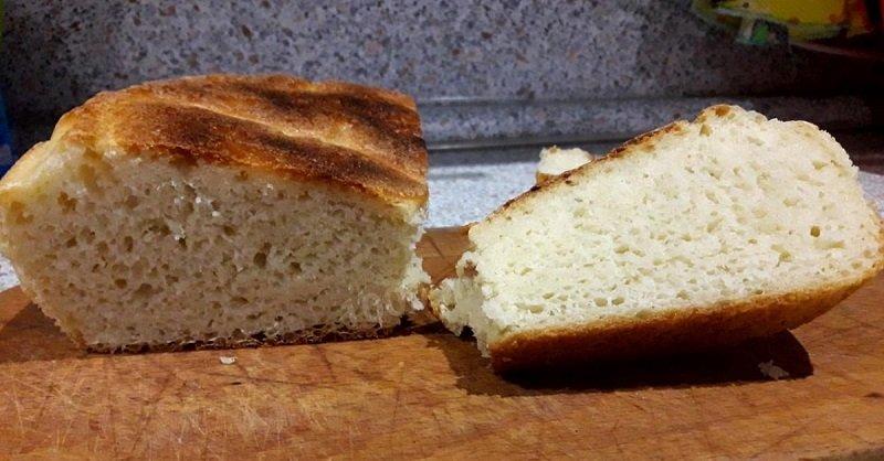 Хліб на сковороді