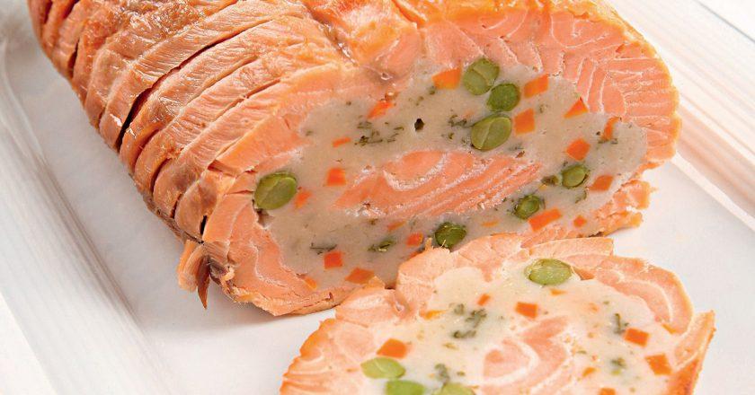 Рулет з лосося подивитися рецепт