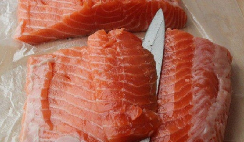 Рулет з лосося