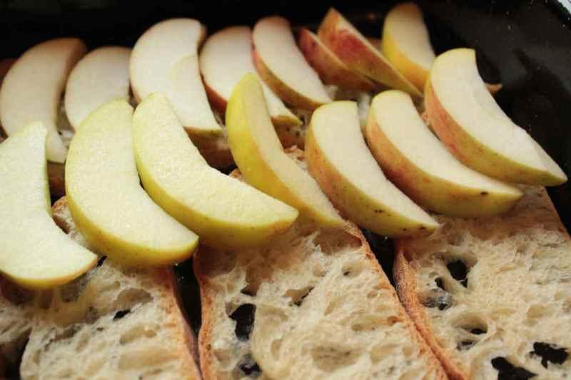 Шарлотка з хліба