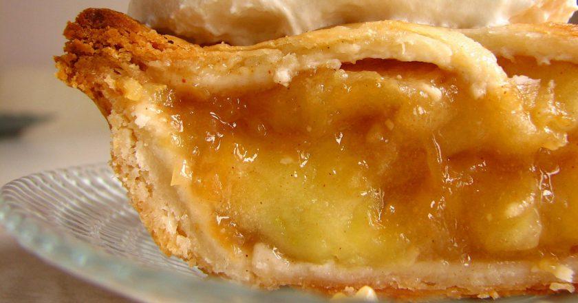 Американський яблучний пиріг подивитися рецепт