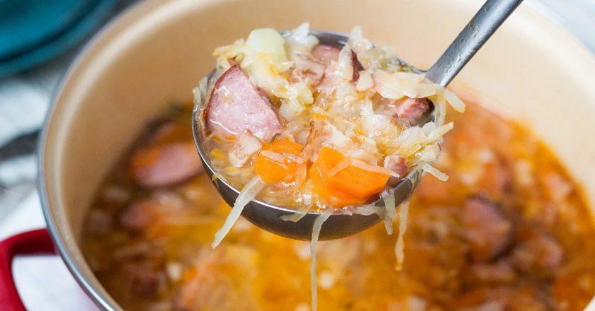 Суп з квашеної капусти подивитися рецепт