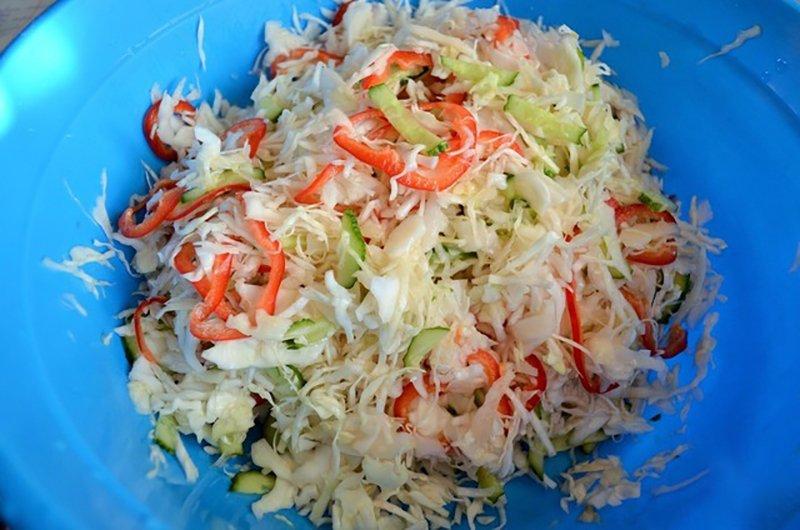Зимовий свіжий салат