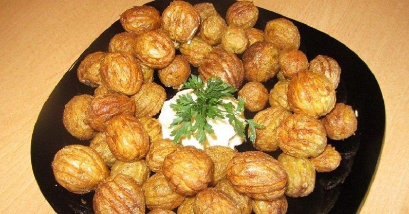 Картопля з часником «Горішки» подивитися рецепт