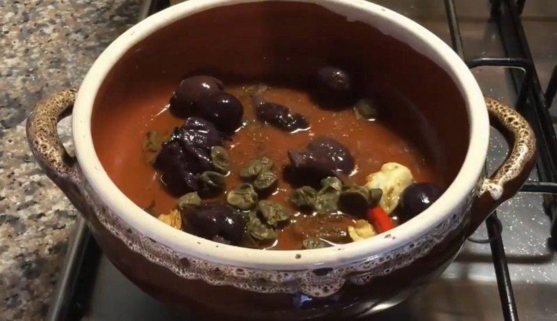 Спагетті в томатному соусі