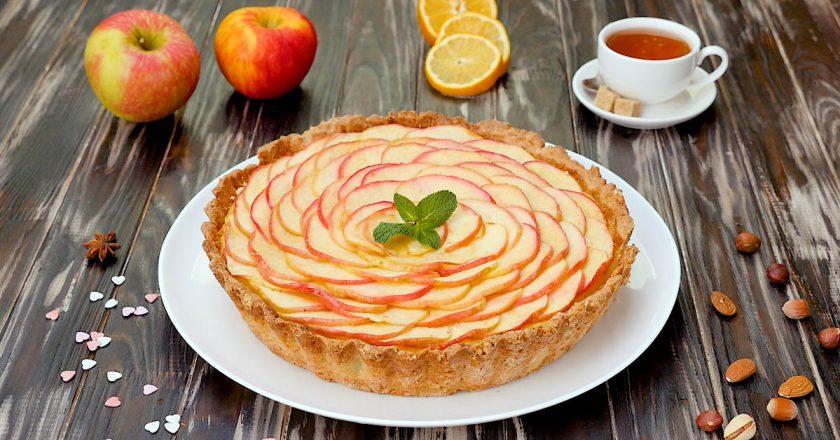 Яблучний тарт з сирним кремом подивитися рецепт