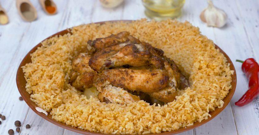 Крильця з рисом в духовці подивитися рецепт