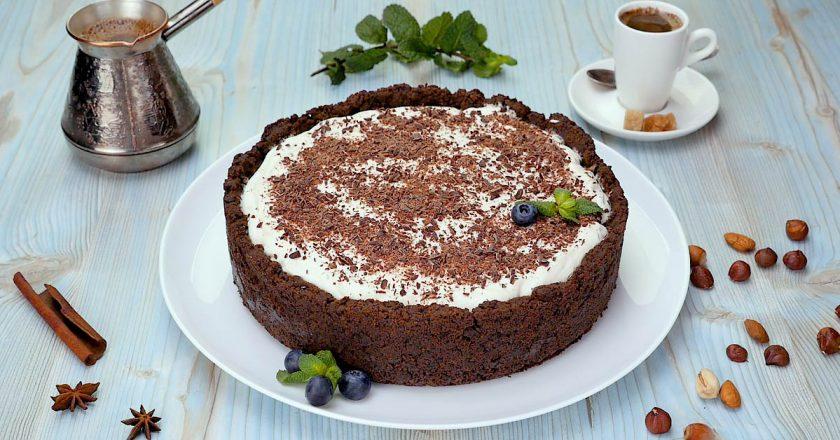 Двошаровий шоколадний торт подивитися рецепт