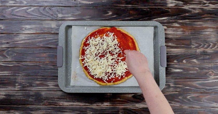 Піца на коржі з цвітної капусти подивитися рецепт