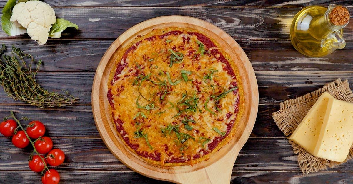 Піца на коржі з цвітної капусти