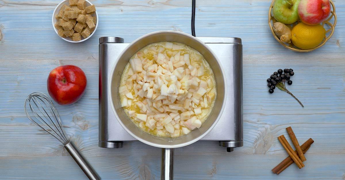 Сирно-яблучний десерт