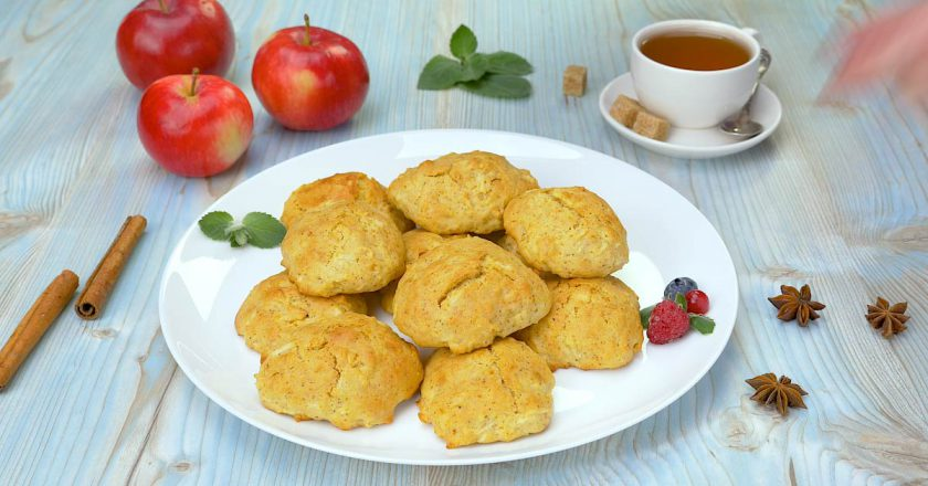 Яблучне печиво з корицею в духовці подивитися рецепт