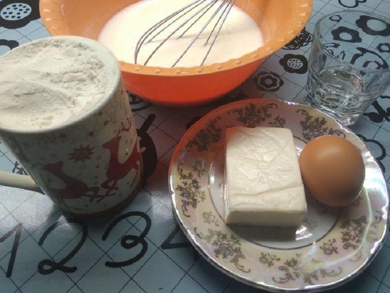 Оладки на кефірі з плавленим сиром