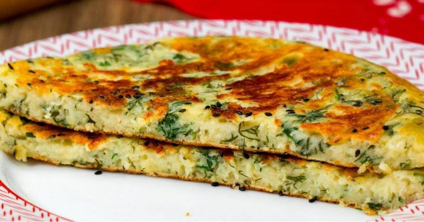 Сирні коржики з зеленню на сковороді подивитися рецепт