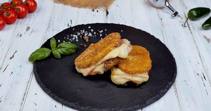 Картопляні бутерброди на сковороді подивитися рецепт