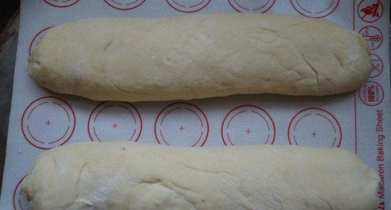 Хліб з кропом і часником в духовці