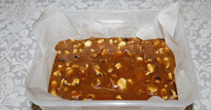 Домашні цукерки з сметани і цукру подивитися рецепт