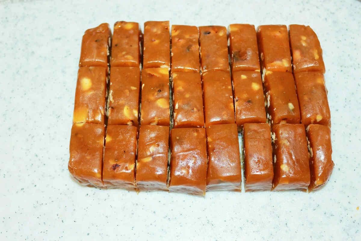 Домашні цукерки з сметани і цукру