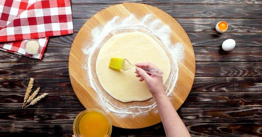 Узбецькі коржики на кефірі з кунжутом подивитися рецепт