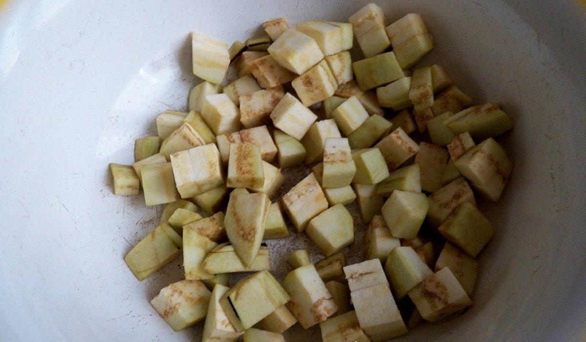 Баклажани в кисло-солодкому соусі