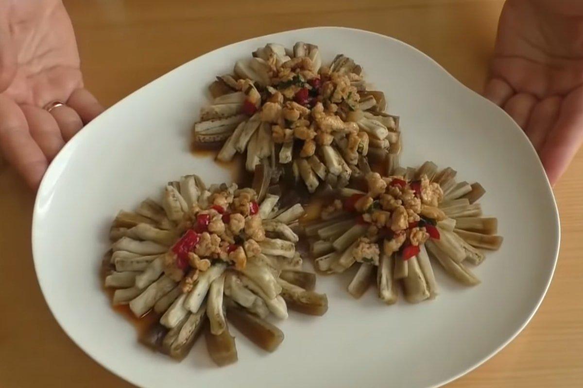 Закуска з баклажанів c м'ясом «Хризантеми»